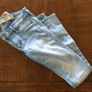 Women's Abercrombie and Fitch jeans 0L Waist 25
